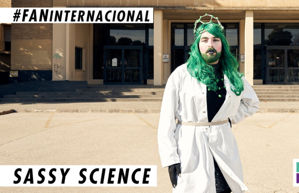 Sassy Science, la primera drag queen que divulga ciencia, en FAN